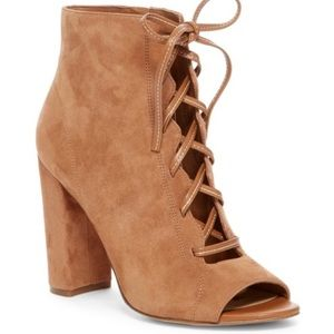 Sam Edelman Yvie lace up size 6.5